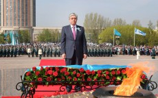 President of Kazakhstan Kassym-Jomart Tokayev takes part in ceremony of laying flowers to Otan Korgaushylar Monument
